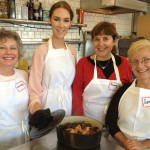 Jennifer, Mary, Penny and Louanne with their knock-your-socks-off short cut paella