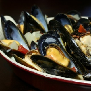 Fast, Cheap and Easy (Um, this is about how to cook mussels)
