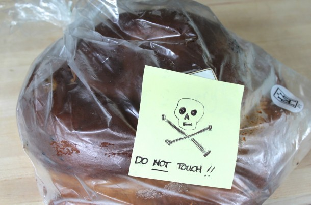 Deranged skull protecting his Challah