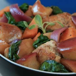 Chicken with Apple, Sweet Potato and Spinach: A Satisfying One-Pot Meal