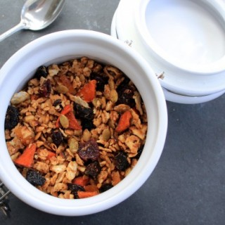 Matzo Granola- It's That Time of Year!