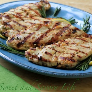 How to Make Moist, Tender Grilled Chicken Breasts